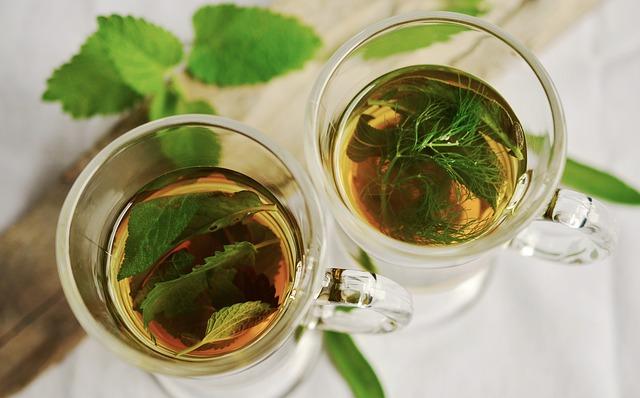 korzyści z herbaty z malin